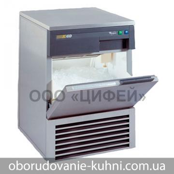 Льдогенератор кубикового льда Whirlpool AGB 024